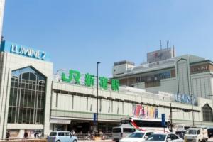新宿区のJR新宿駅、西口と東口がつながり利便性が大幅に向上